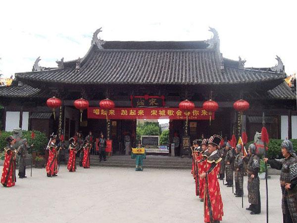 杭州西湖-宋城1日团队游>船游西湖,回归千年