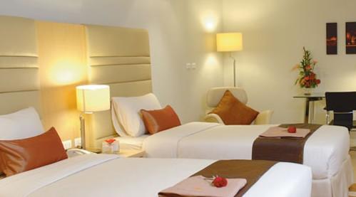 背景墙 房间 家居 酒店 设计 卧室 卧室装修 现代 装修 499_277