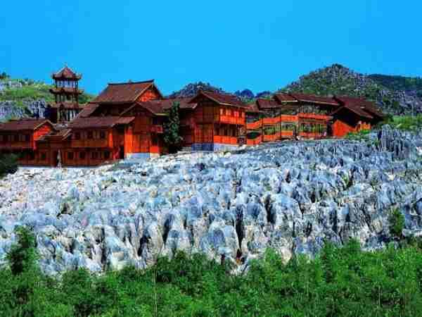 景点 中国石海风景区 中国石海位于四川省宜宾市兴文县,地处四川盆地