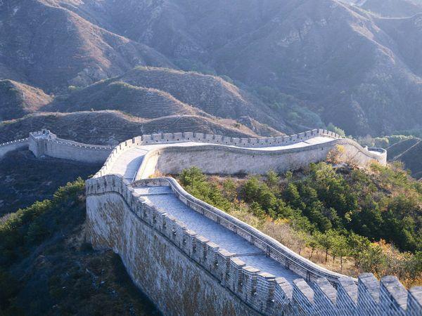 景点 八达岭长城 位于北京市延庆县军都山关沟古道北口.