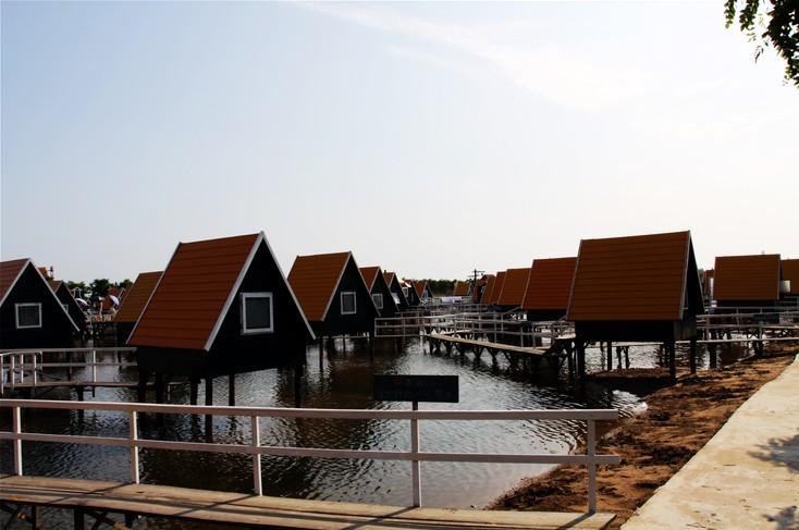 月坨岛2日巴士半自助游>宿荷兰风情小木屋