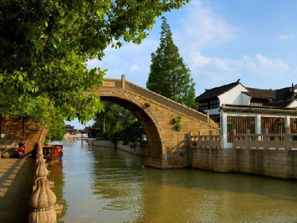 具有江南水乡古镇风貌的风景名胜区