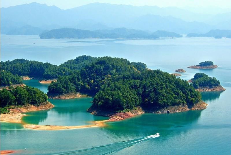 黄山-千岛湖双卧4日游>四月专列火车,山水风光线路