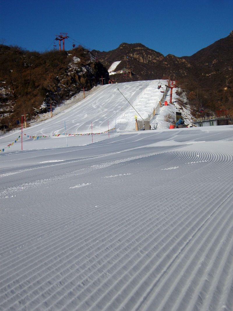 烟台塔山滑雪-磁山温泉汽车2日游>住宿温泉度假村