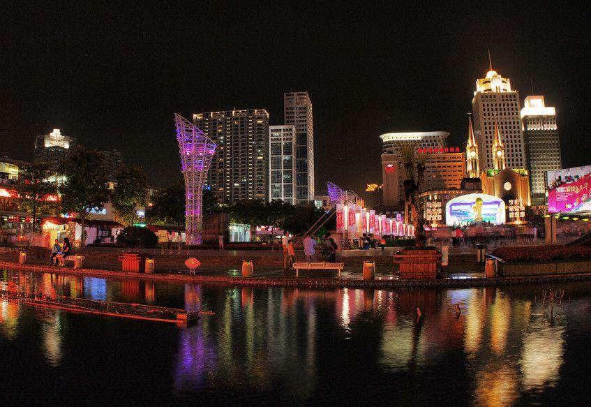 宁波天一广场 天一广场位于市中心繁华商业街图片