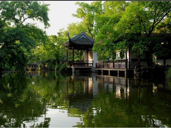 景点简介 寄畅园 寄畅园在无锡市惠山东麓惠山横街.