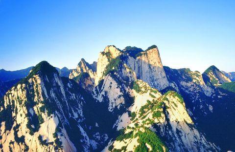 青龙寺-兵马俑-华清池-华山-大雁塔双飞4日游>全景经典游