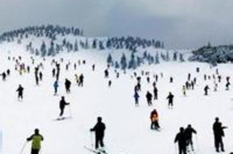 江南天池2小时滑雪 天池景区自驾2日游 宿安吉嘉洲丽晶酒店图片